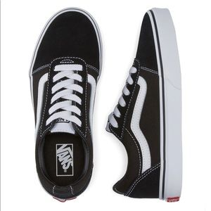 Vans Kids' Ward Low-Top Sneakers, (Suede/Canvas)